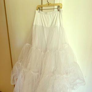 Ball gown slip